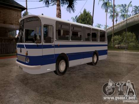 LAZ 697R para la visión correcta GTA San Andreas