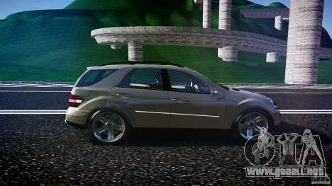Mercedes-Benz ML 500 v1.0 para GTA 4 vista interior