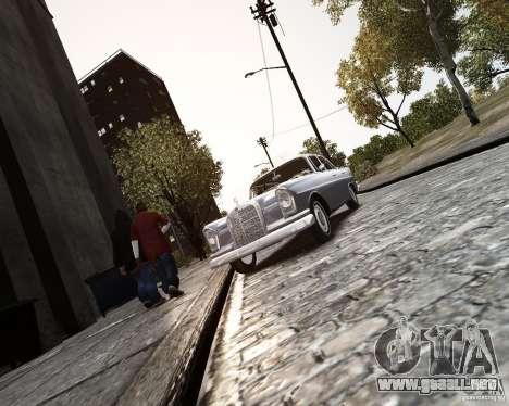 Mercedes-Benz W111 para GTA 4 vista hacia atrás