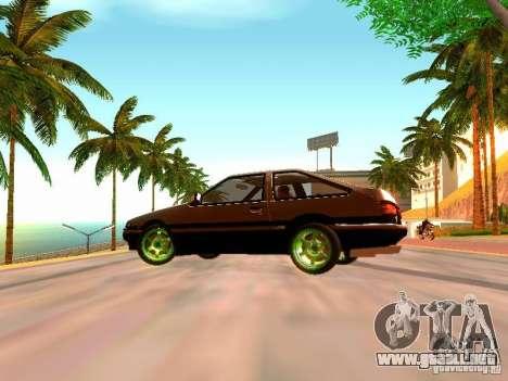 Toyota Corolla Carib AE86 para GTA San Andreas vista posterior izquierda