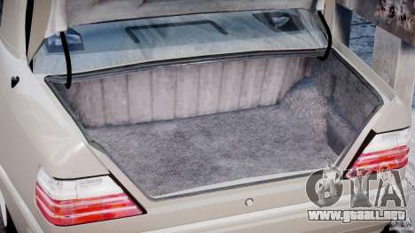 Mercedes-Benz W124 E500 1995 para GTA 4 vista lateral