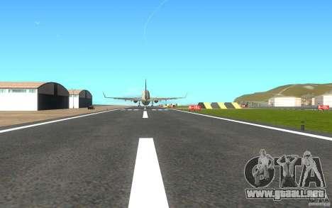 Sukhoi SuperJet-100 para la visión correcta GTA San Andreas