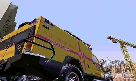 Hummer H2 Ambluance de transformadores para la visión correcta GTA San Andreas