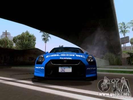 Nissan GTR 2010 Spec-V para GTA San Andreas vista hacia atrás