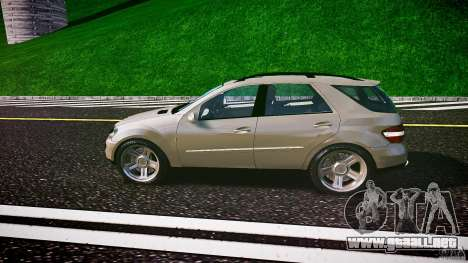 Mercedes-Benz ML 500 v1.0 para GTA 4 left
