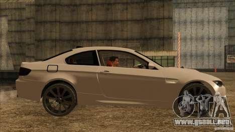 BMW M3 E92 2008 para GTA San Andreas vista posterior izquierda