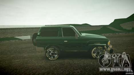Toyota Land Cruiser 4.5 V2 para GTA 4 vista interior