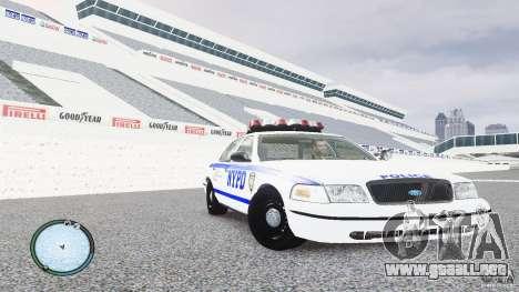 Ford Crown Victoria 2003 NYPD para GTA 4 vista hacia atrás