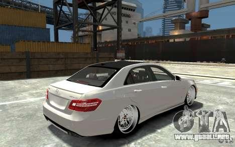 Mercedes Benz E36 AMG 2010 para GTA 4 visión correcta