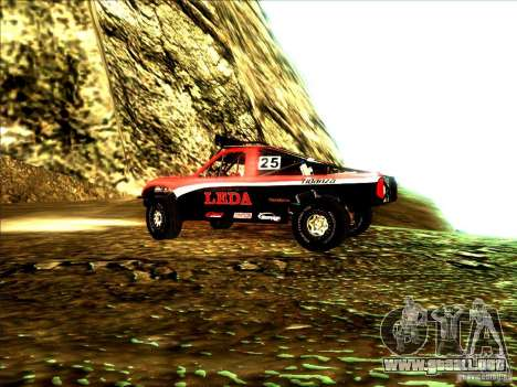 Toyota Tundra Rally para GTA San Andreas vista hacia atrás