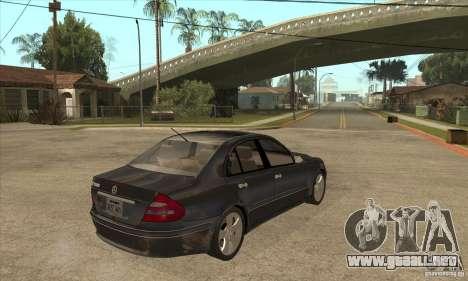 Mercedes-Benz E500 2003 para la visión correcta GTA San Andreas