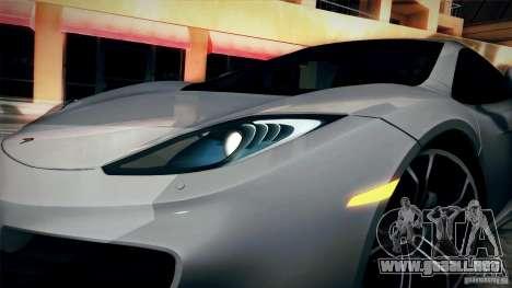 McLaren MP4-12C 2012 para la visión correcta GTA San Andreas