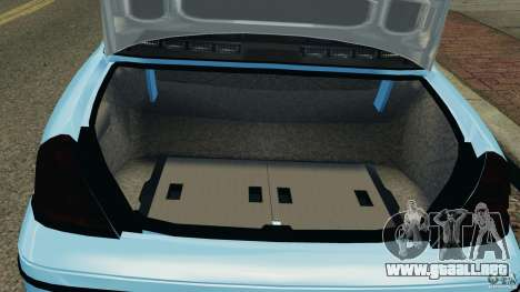 Ford Crown Victoria Police Unit [ELS] para GTA 4 vista interior