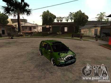 Volkswagen Touran The Hulk para la visión correcta GTA San Andreas
