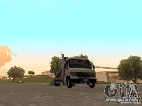 Mercedes-Benz Vario para GTA San Andreas left