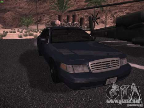 Ford Crown Victoria 2003 para GTA San Andreas left