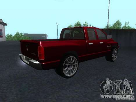 Dodge Ram 1500 v2 para GTA San Andreas left
