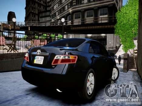 Toyota Camry para GTA 4 Vista posterior izquierda