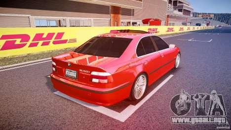 BMW 530I E39 stock chrome wheels para GTA 4 vista lateral