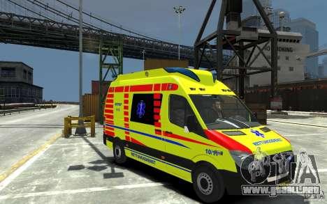 Mercedes-Benz Sprinter 2011 Ambulance para GTA 4 vista hacia atrás