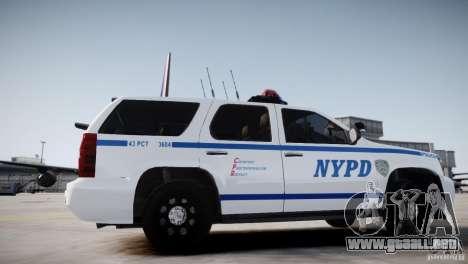 Chevrolet Tahoe 2012 NYPD para GTA 4 Vista posterior izquierda