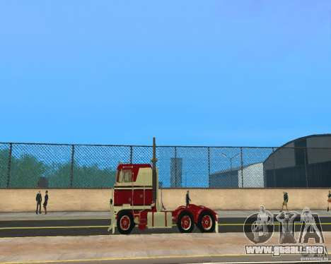 Kenworth K100 para GTA San Andreas left