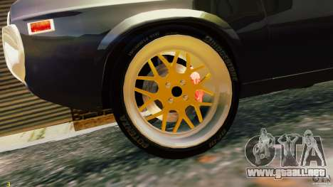 Mazda RX-4 para GTA 4 vista hacia atrás