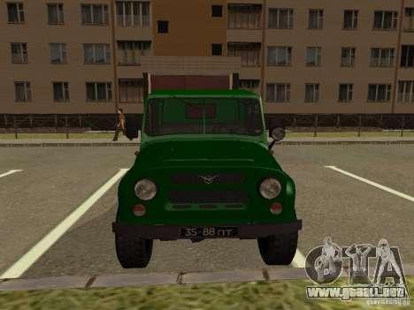UAZ 469 militar para la visión correcta GTA San Andreas