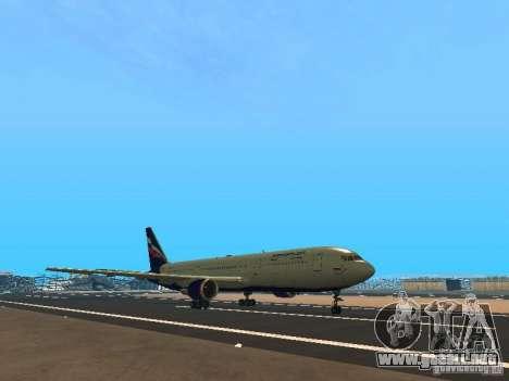 Boeing 767-300 Aeroflot para GTA San Andreas left