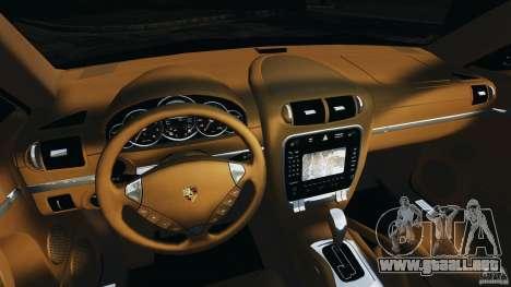 Porsche Cayenne Turbo 2003 para GTA 4 vista hacia atrás