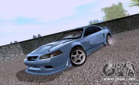 Ford Mustang SVT Cobra 2003 White wheels para GTA San Andreas