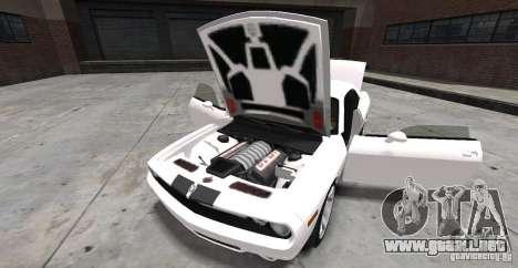 Dodge Challenger 2006 para GTA 4 vista hacia atrás