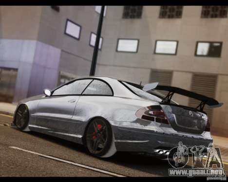 Mercedes-Benz CLK 63 AMG Black Series para GTA 4 left