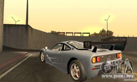 Mclaren F1 LM (v1.0.0) para GTA San Andreas vista posterior izquierda