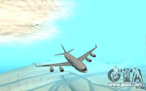 Ilyushin Il-96 para GTA San Andreas left