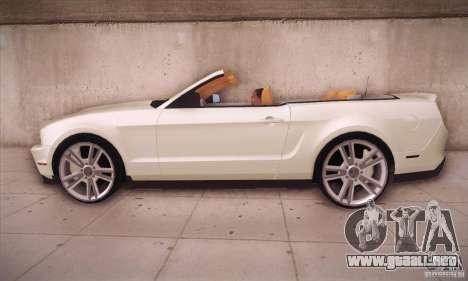 Ford Mustang 2011 Convertible para GTA San Andreas left