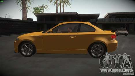 BMW 135i Coupe Road Edition para GTA San Andreas left