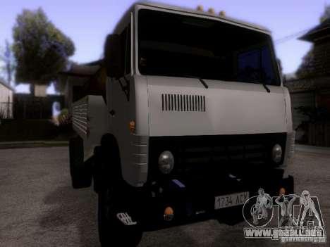 Camión KAMAZ 53212 leche para la visión correcta GTA San Andreas