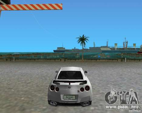 Nissan GT R35 Vspec para GTA Vice City left