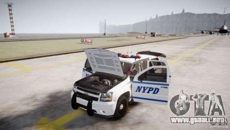 Chevrolet Tahoe 2012 NYPD para GTA 4 vista interior