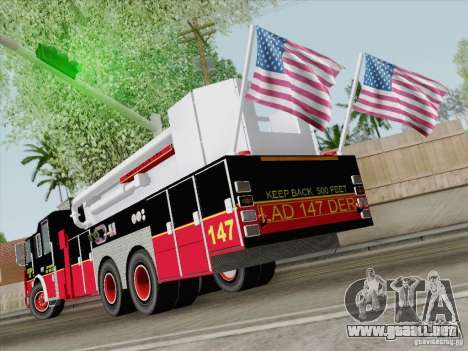 Seagrave Marauder II. SFFD Ladder 147 para la visión correcta GTA San Andreas