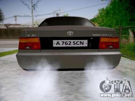 Toyota Corolla para GTA San Andreas vista posterior izquierda