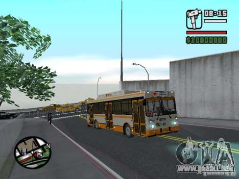 LIAZ 5283.70 para GTA San Andreas vista hacia atrás