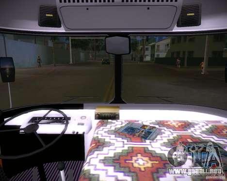 Paz-672 para GTA Vice City vista posterior