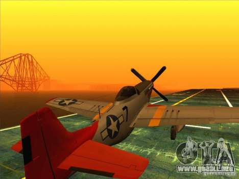 P51D Mustang Red Tails para GTA San Andreas left
