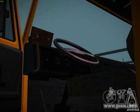 Camión KAMAZ 6520 para la visión correcta GTA San Andreas