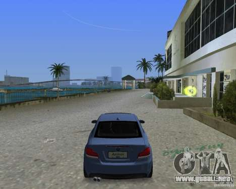BMW 135i para GTA Vice City vista lateral izquierdo