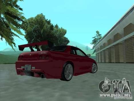 Nissan Skyline R32 Tuned para la visión correcta GTA San Andreas