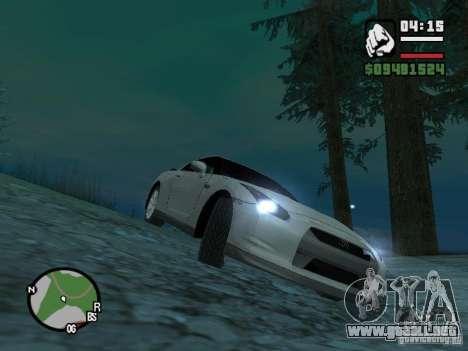 Nissan Skyline GTR para GTA San Andreas left