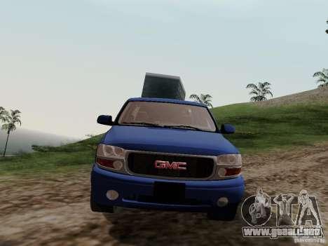 GMC Yukon Denali XL para GTA San Andreas vista hacia atrás